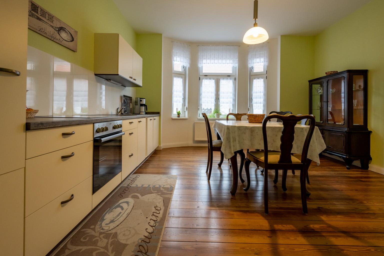 Seniorenwohnanlage in Aken – gemeinsame Küche im Erdgeschoß